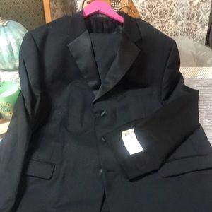 Men's tuxedo